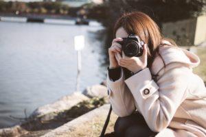 カメラ好き女子